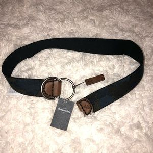 Abercrombie Kids Navy Belt. Size 4-6